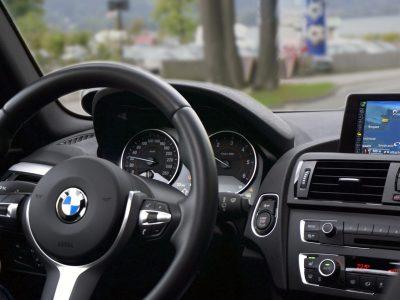 car-driving-interior-13781.jpg